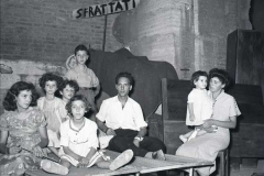 1952-sfrattati-col.jpg