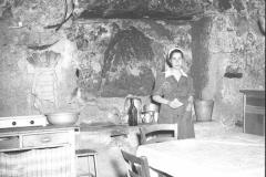 1953-vallerano-trullo1.jpg