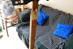3)totem abitazione(2006),divano, salone, studio