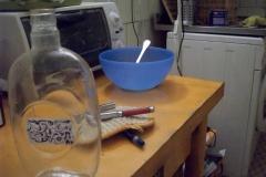 2)tavolo della cucina