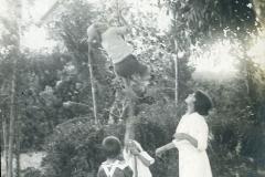 9 Estate 1916, giochi con la corda