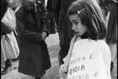 """78-Giuliana-Bonacci-""""Donna-è-gioia-maschio-solo-noia""""-8-marzo-1977-mm.-300x200-"""