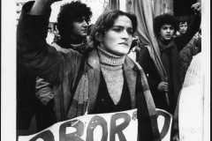 """82-Gabriella-Mercadini-""""Aborto-libero""""-Napoli-piazza-Municipio-1975-mm.-240x178"""