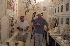 Benedetti-Giancarlo-artista-e-De-Gregori-Francesco-cantautore-il-museo-del-louvre-2006-