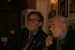 Delle-Chiaie-Fausto-artista-e-Bonito-Oliva-Achille-critico-darte-il-museo-del-louvre-2010-