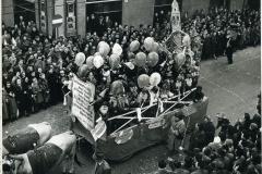 37 S.Benedetto. Bambini dell'asilo. Carnevale 55. Ferrara