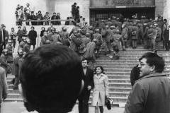 78 Ph. Paolo Crovi. Polizia davanti alla facoltà di lettere alla Sapienza di Roma