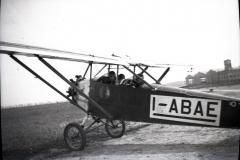 A.1 5a Gianni e il pilota su un aereo da turismo