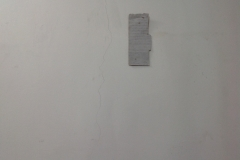 10 cartone bianco termine installazione  muro a sinistra
