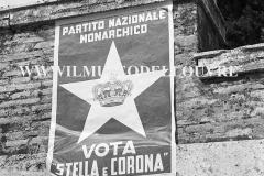 A6-828-Roma-maggio-1953Manifesti-in-lotta-ovvero-aspetti-della-propaganda-elettorale-per-le-politiche-del-7-giugno-1953