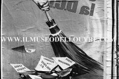 A7-1001-Roma-maggio-1953Manifesti-in-lotta-ovvero-aspetti-della-propaganda-elettorale-per-le-politiche-del-7-giugno-1953