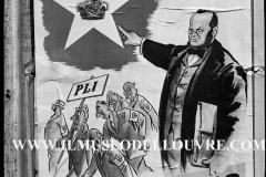 A7-966-Roma-maggio-1953Manifesti-in-lotta-ovvero-aspetti-della-propaganda-elettorale-per-le-politiche-del-7-giugno-1953