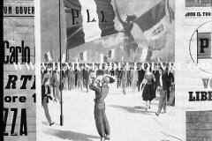 A7-969-Roma-maggio-1953Manifesti-in-lotta-ovvero-aspetti-della-propaganda-elettorale-per-le-politiche-del-7-giugno-1953