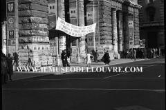 A7-977-Roma-maggio-1953Manifesti-in-lotta-ovvero-aspetti-della-propaganda-elettorale-per-le-politiche-del-7-giugno-1953