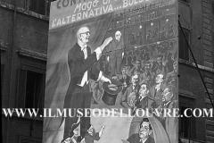A7-980-Roma-maggio-1953Manifesti-in-lotta-ovvero-aspetti-della-propaganda-elettorale-per-le-politiche-del-7-giugno-1953
