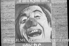A7-982-Roma-maggio-1953Manifesti-in-lotta-ovvero-aspetti-della-propaganda-elettorale-per-le-politiche-del-7-giugno-1953