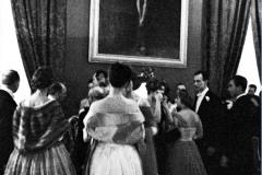 Altro momento del Balllo Pallavicini. la scena è dominata dal famoso Cristo di Guido Reni (1955)