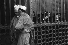 Roma, le sbarre del convento (1958)