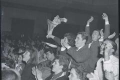 Fans al concerto di Paul Anka al Brancaccio Italy's News Photos di Guglielmo Coluzzi