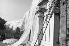 V. Biffani Christo The Wall, wrapped Roman Wall via Veneto & villa Borghese, Rome 27 gennaio 1974-35
