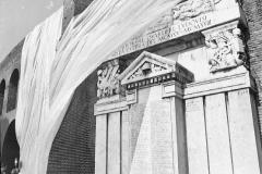 V. Biffani Christo The Wall, wrapped Roman Wall via Veneto & villa Borghese, Rome 27 gennaio 1974-37