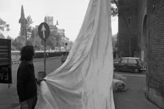V. Biffani Christo The Wall, wrapped Roman Wall via Veneto & villa Borghese, Rome 28 gennaio 1974-83