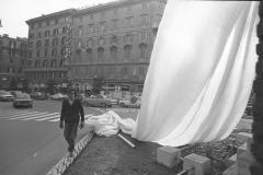 V. Biffani Christo The Wall, wrapped Roman Wall via Veneto & villa Borghese, Rome 28 gennaio 1974-87a