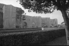 V. Biffani Christo The Wall, wrapped Roman Wall via Veneto & villa Borghese, Rome 29 gennaio 1974-107