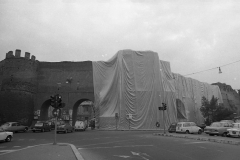 V. Biffani Christo The Wall, wrapped Roman Wall via Veneto & villa Borghese, Rome 29 gennaio 1974-94