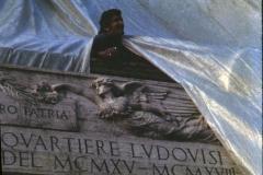 Vittorio Biffani Christo The Wall, wrapped Roman Wall via Veneto & villa Borghese, Rome 26 gennaio 1974-19