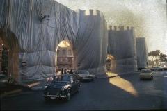 Vittorio Biffani Christo The Wall, wrapped Roman Wall via Veneto & villa Borghese, Rome 26 gennaio 1974-89*(senza numero)
