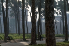 z Gianni Termorshuizen Christo The Wall, wrapped Roman Wall via Veneto & villa Borghese, Rome 11