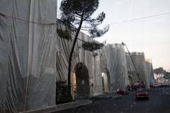 z Gianni Termorshuizen Christo The Wall, wrapped Roman Wall via Veneto & villa Borghese, Rome 15