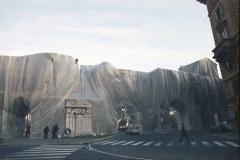 z Gianni Termorshuizen Christo The Wall, wrapped Roman Wall via Veneto & villa Borghese, Rome 17