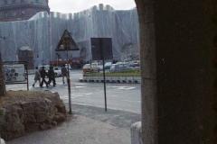 z Gianni Termorshuizen Christo The Wall, wrapped Roman Wall via Veneto & villa Borghese, Rome 5
