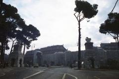 z Gianni Termorshuizen Christo The Wall, wrapped Roman Wall via Veneto & villa Borghese, Rome 7