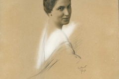 1 Eva Barret
