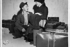 1950-anni-LItaliano-Verso-una-nuova-vita-The-Associated-Press